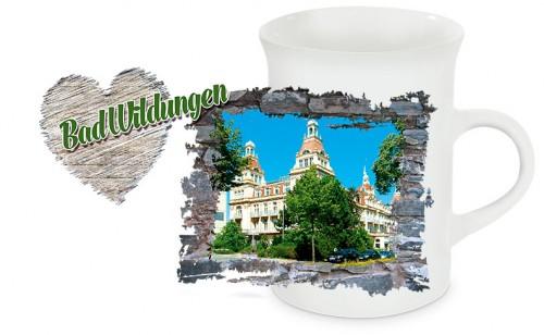 Schlanke Keramiktasse Bad Wildungen T05